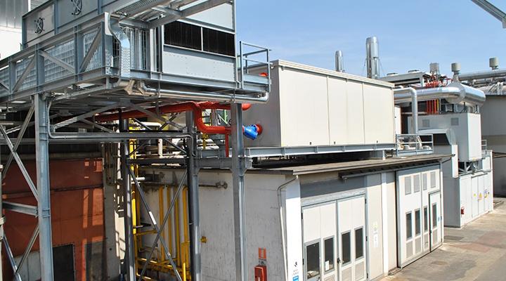 Torre evaporativa di un impianto di trigenerazione azienda plastica in provincia di Vicenza