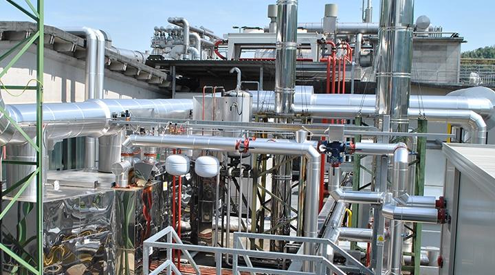 Linea fumi di un impianto di trigenerazione in un'azienda plastica in provincia di Vicenza (Veneto)